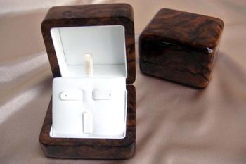 լեվ անդ փայտե իրերի արտադրամաս лев анд производство деревянных изделий lev and wooden accessoires workshop