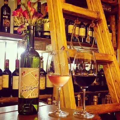 ին վինո բար վաճառատուն գինիների ակումբ in vino bar merchant wine club