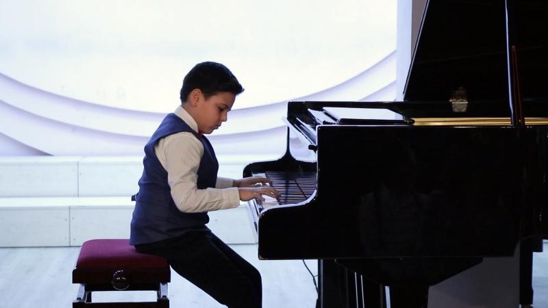 դաշնամուրի դասարան piano class