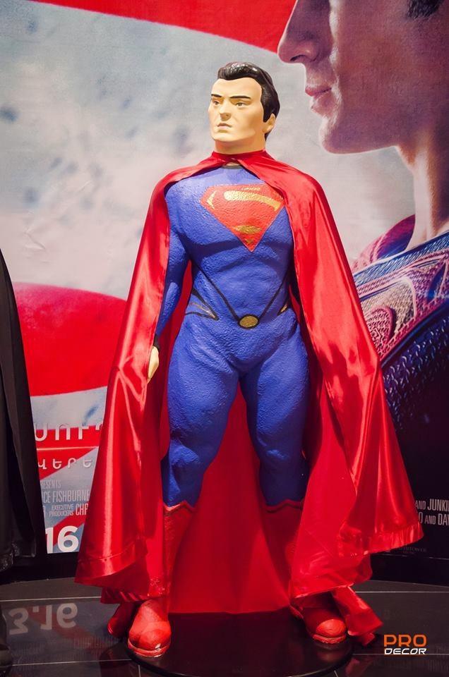 սուպերհերոս супергерой superhero