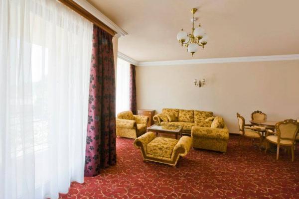 ռոսսիա հյուրանոցային համալիր