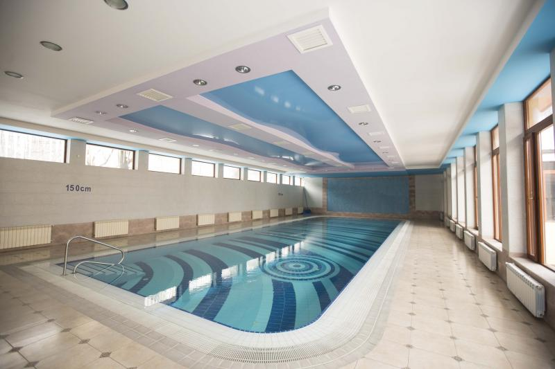 լողավազան бассейн pool