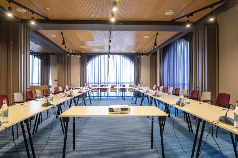 պիկասո կոնֆերանս սրահ пикассо конференц зал picasso conference hall